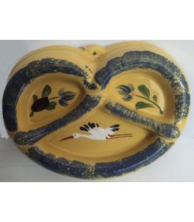 Moule à bretzel - jaune cigogne